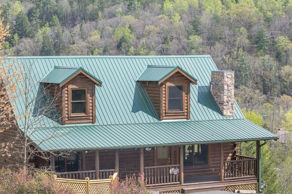 Photo of a Sevierville Cabin named  Black Beary Ridge - This is the thirty-eighth photo in the set.