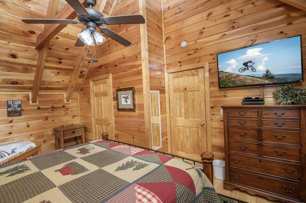 Photo of a Pigeon Forge Cabin named Majestic Mountain View - This is the forty-fifth photo in the set.