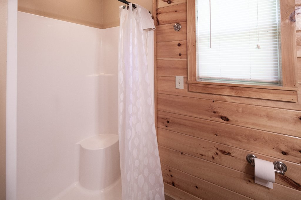 Photo of a Sevierville Cabin named Bear Hugs - This is the twenty-second photo in the set.