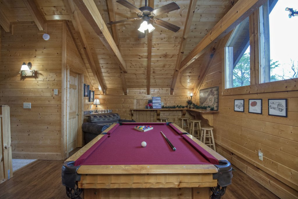 Photo of a Sevierville Cabin named  Simply The Best - This is the nineteenth photo in the set.