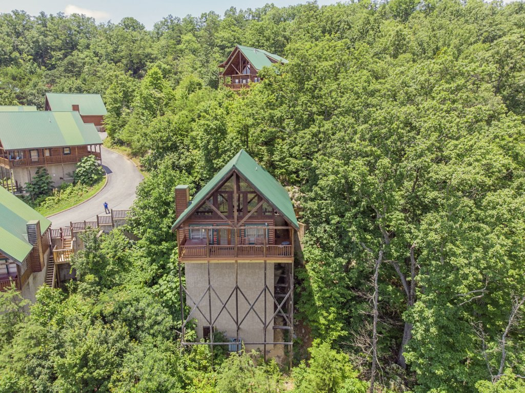 Photo of a Pigeon Forge Cabin named Majestic Mountain View - This is the forty-ninth photo in the set.