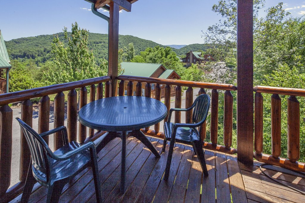 Photo of a Sevierville Cabin named  Simply The Best - This is the twenty-eighth photo in the set.