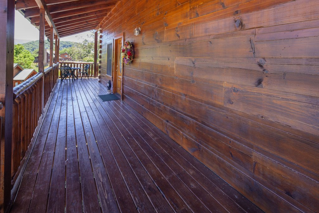 Photo of a Sevierville Cabin named  Simply The Best - This is the forty-sixth photo in the set.