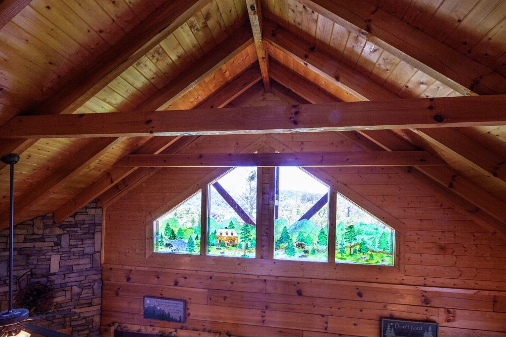 Photo of a Sevierville Cabin named  Simply The Best - This is the seventeenth photo in the set.