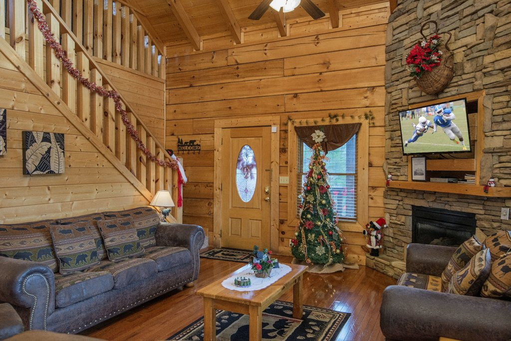 Photo of a Sevierville Cabin named  Simply The Best - This is the sixth photo in the set.