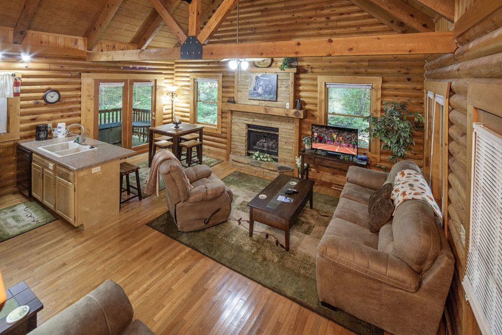 Photo of a Pigeon Forge Cabin named  Mountain Majesty - This is the fourth photo in the set.