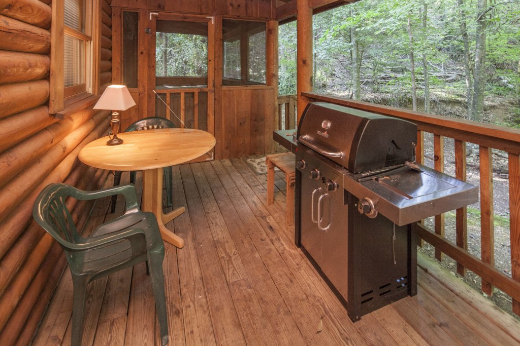 Photo of a Pigeon Forge Cabin named  Mountain Majesty - This is the twenty-fifth photo in the set.