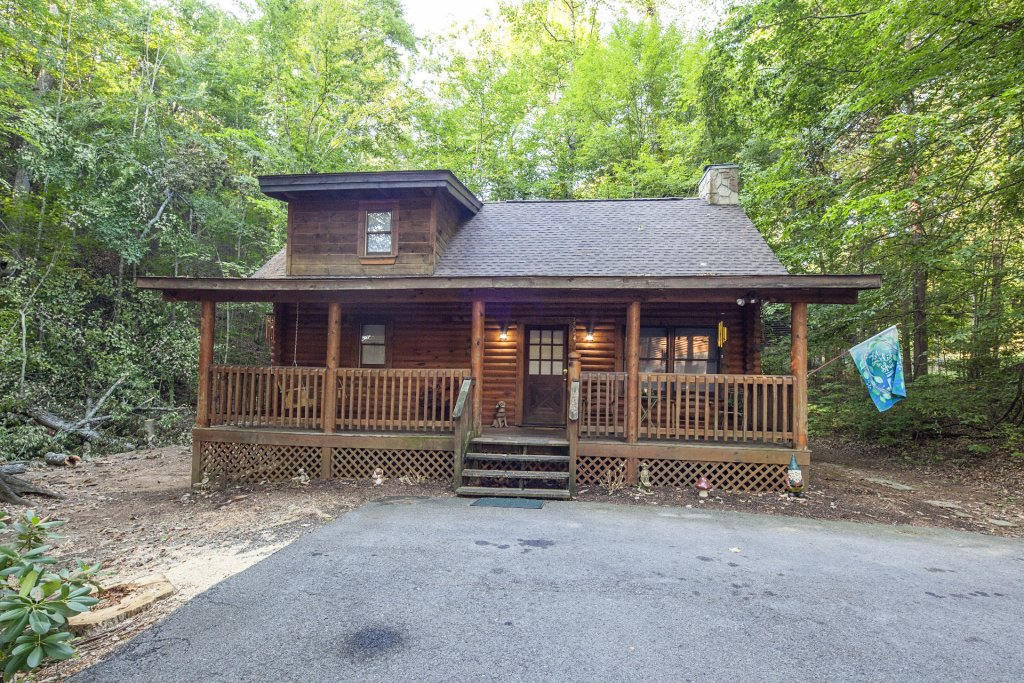 Photo of a Pigeon Forge Cabin named  Mountain Majesty - This is the twenty-fourth photo in the set.