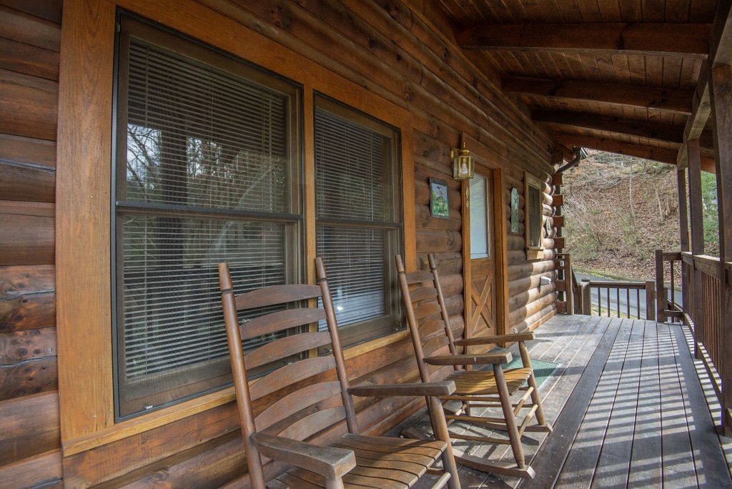 Photo of a Pigeon Forge Cabin named  Happy Haven - This is the twenty-sixth photo in the set.