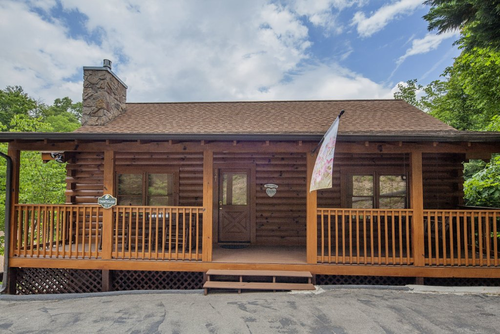 Photo of a Pigeon Forge Cabin named  Smooth Landing - This is the twenty-first photo in the set.