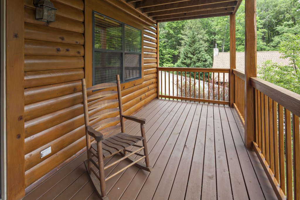 Photo of a Pigeon Forge Cabin named  Smooth Landing - This is the twenty-seventh photo in the set.