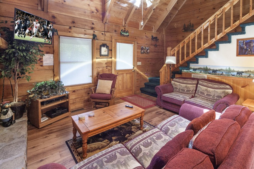 Photo of a Pigeon Forge Cabin named  Bear Naked - This is the fourth photo in the set.