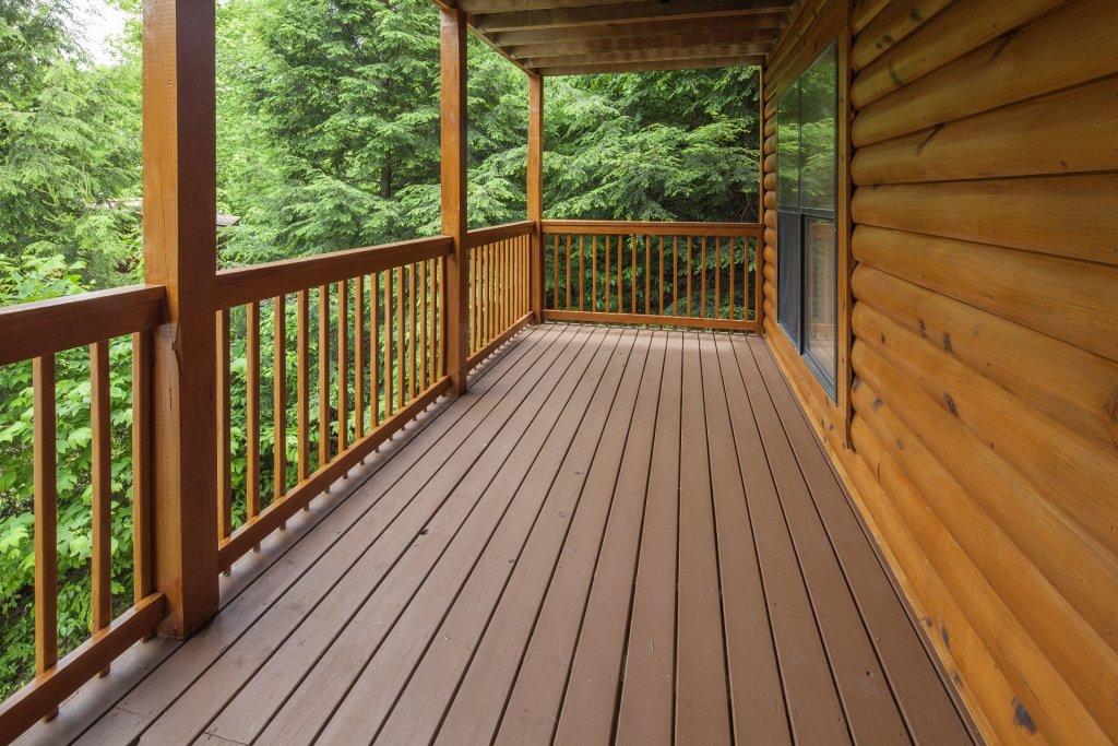 Photo of a Pigeon Forge Cabin named  Smooth Landing - This is the thirteenth photo in the set.
