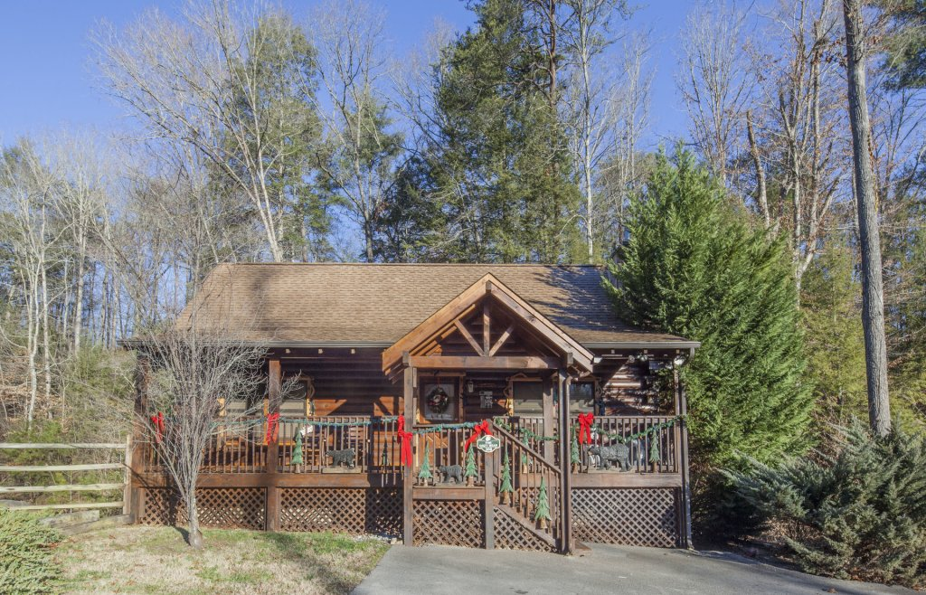 Photo of a Pigeon Forge Cabin named  The Cozy Bear - This is the twenty-third photo in the set.