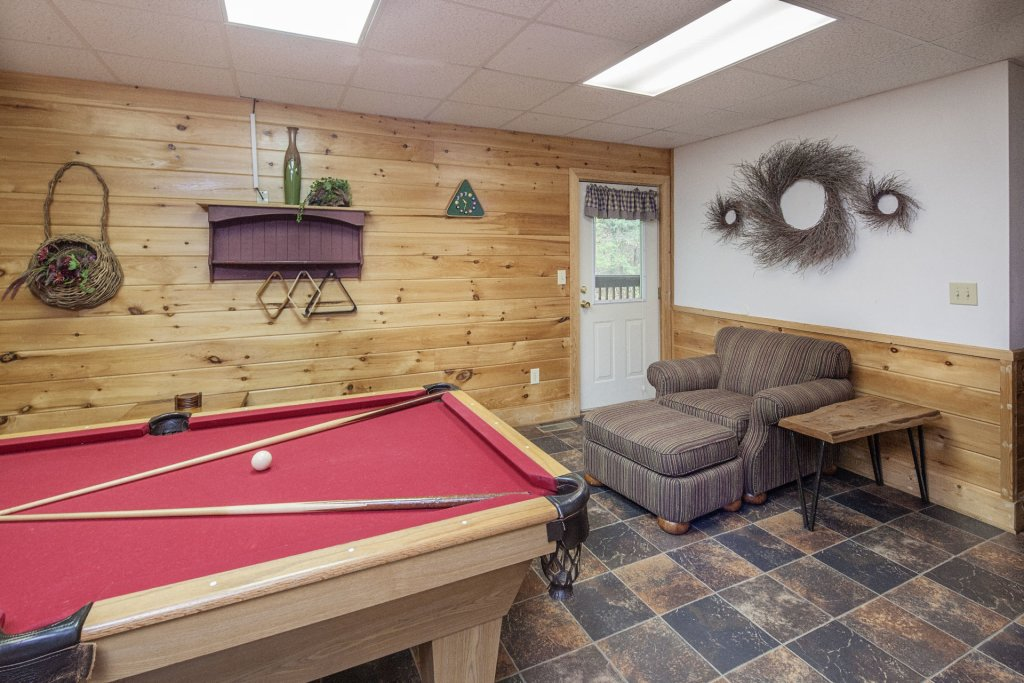 Photo of a Pigeon Forge Cabin named  George's - This is the tenth photo in the set.