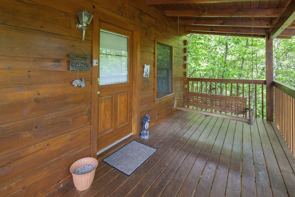 Photo of a Pigeon Forge Cabin named  Bear Naked - This is the twenty-first photo in the set.