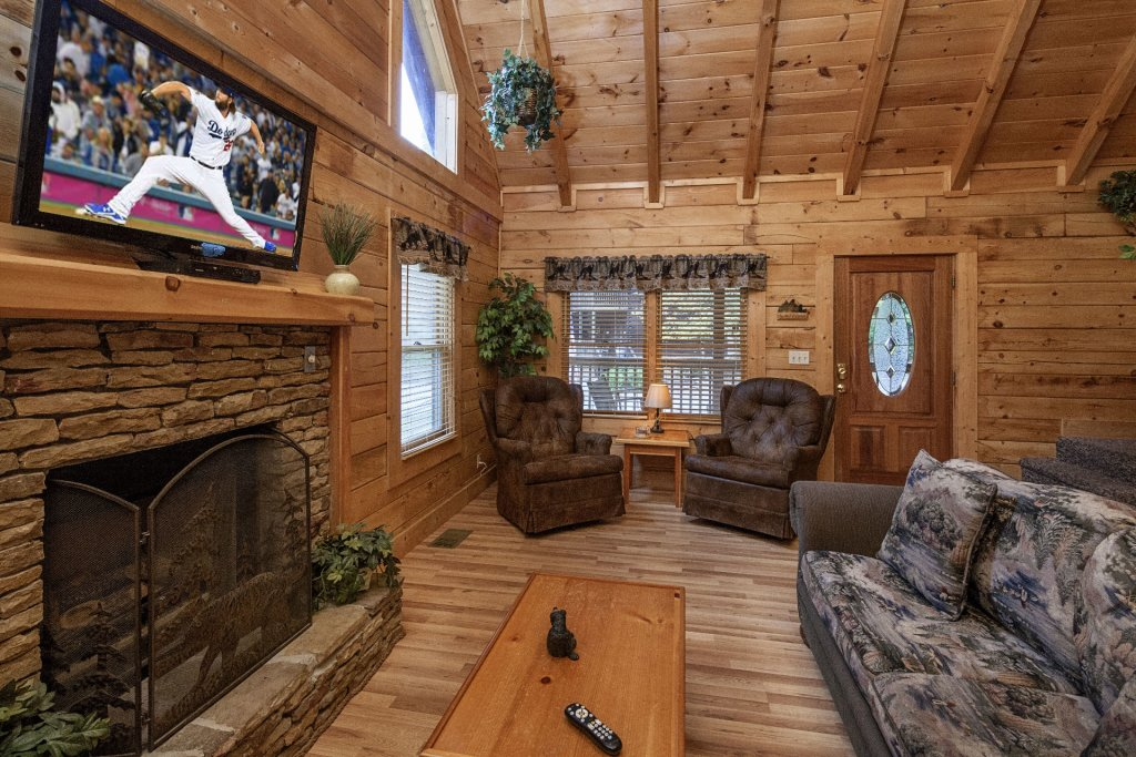 Photo of a Pigeon Forge Cabin named  Best Of Times - This is the third photo in the set.