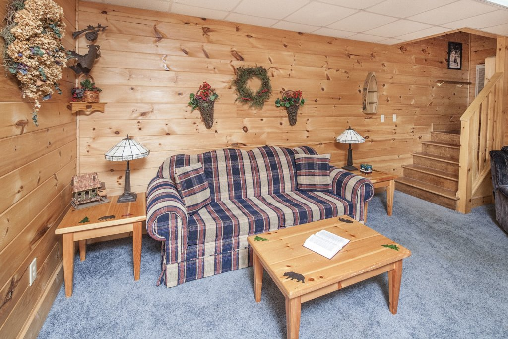 Photo of a Pigeon Forge Cabin named  The Cozy Bear - This is the twentieth photo in the set.