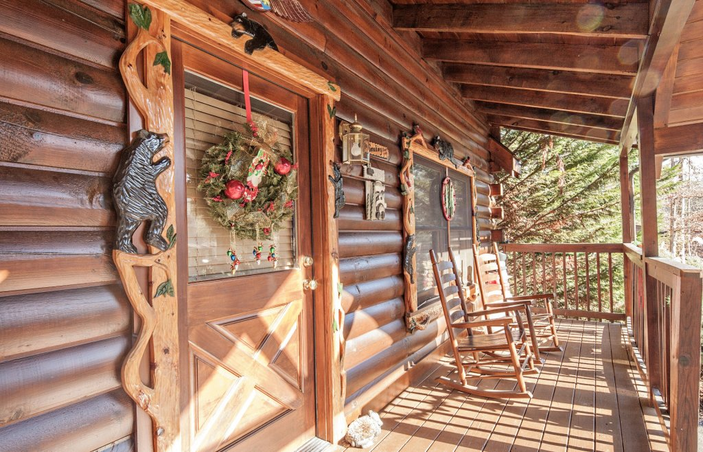 Photo of a Pigeon Forge Cabin named  The Cozy Bear - This is the twenty-fifth photo in the set.