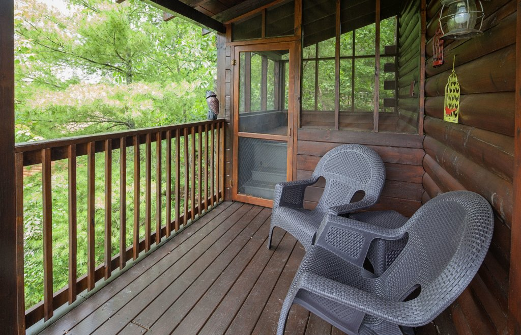 Photo of a Pigeon Forge Cabin named  Knotty Pine - This is the thirtieth photo in the set.