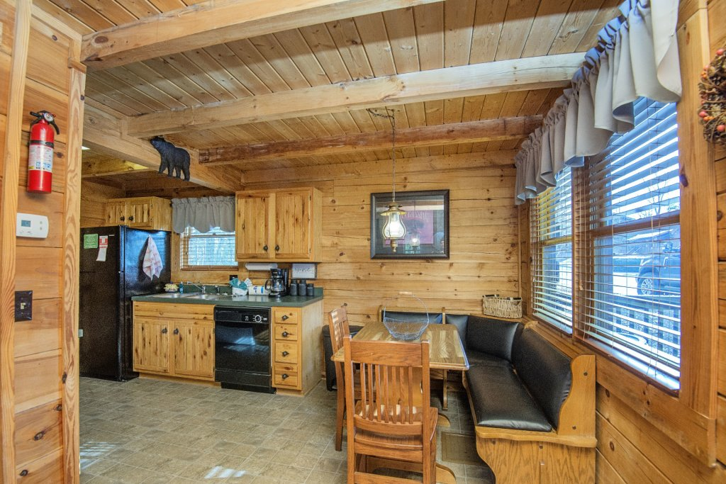 Photo of a Pigeon Forge Cabin named  Knotty Pine - This is the seventh photo in the set.