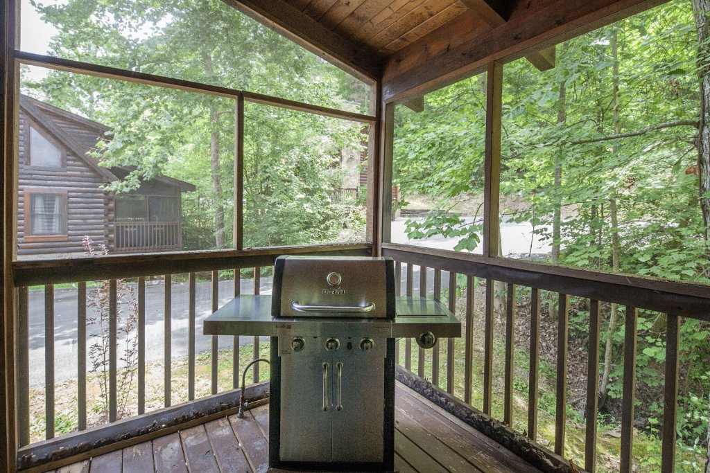 Photo of a Pigeon Forge Cabin named  Smoky Mountain Top - This is the twenty-seventh photo in the set.