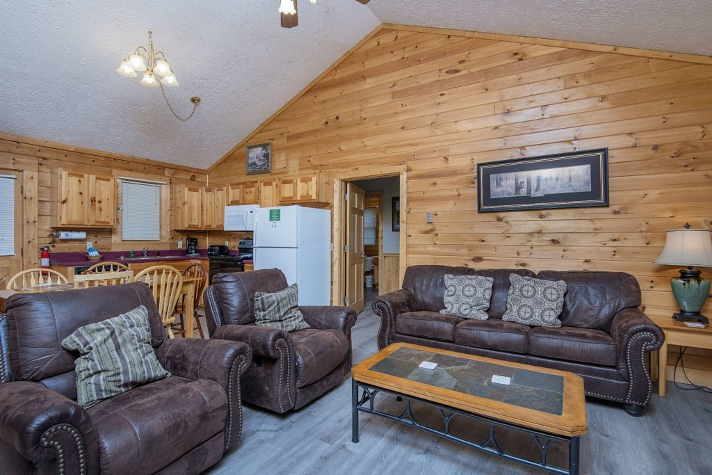 Photo of a Pigeon Forge Cabin named  Dream Catcher - This is the fifth photo in the set.
