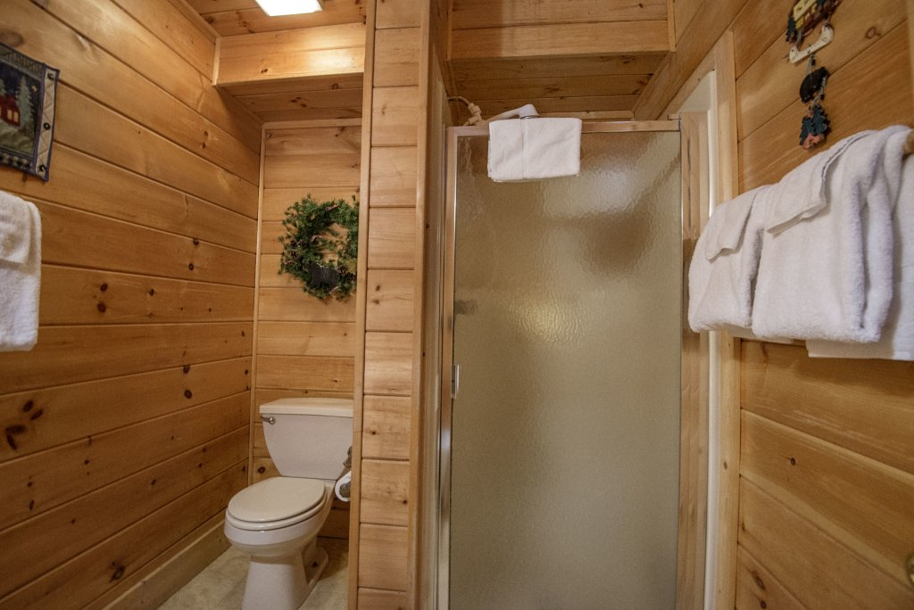 Photo of a Pigeon Forge Cabin named  The Getaway - This is the twenty-third photo in the set.