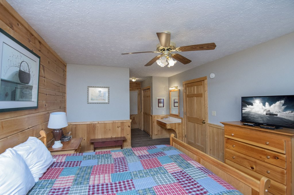 Photo of a Pigeon Forge Cabin named  Dream Catcher - This is the twenty-second photo in the set.