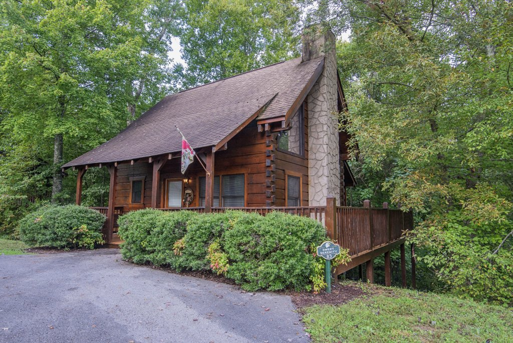 Photo of a Pigeon Forge Cabin named  Savage Loft (was Sweet Serenity) - This is the thirty-first photo in the set.