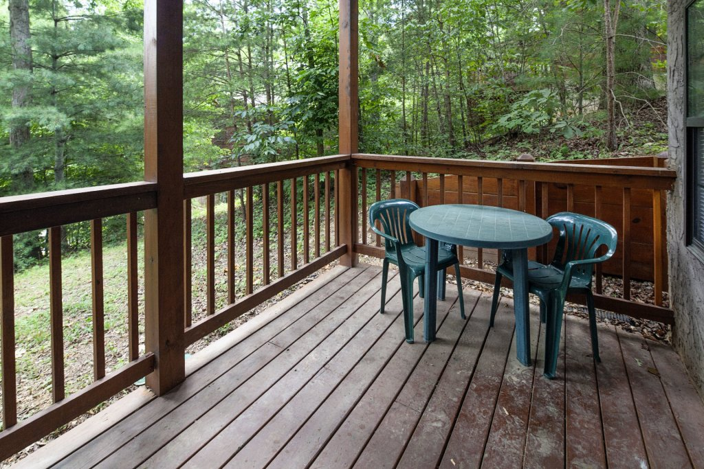 Photo of a Pigeon Forge Cabin named  Eagles Point - This is the twenty-sixth photo in the set.