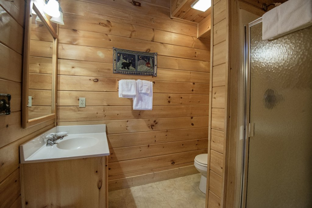 Photo of a Pigeon Forge Cabin named  The Getaway - This is the twenty-second photo in the set.