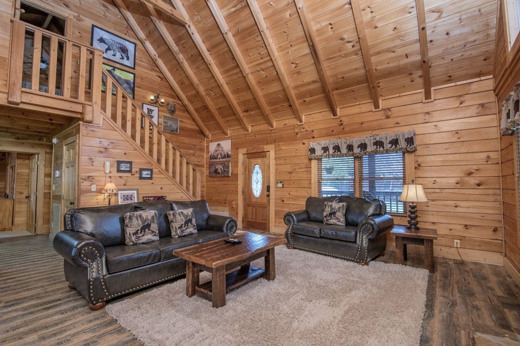 Photo of a Pigeon Forge Cabin named  Heavenly Hideaway - This is the sixth photo in the set.