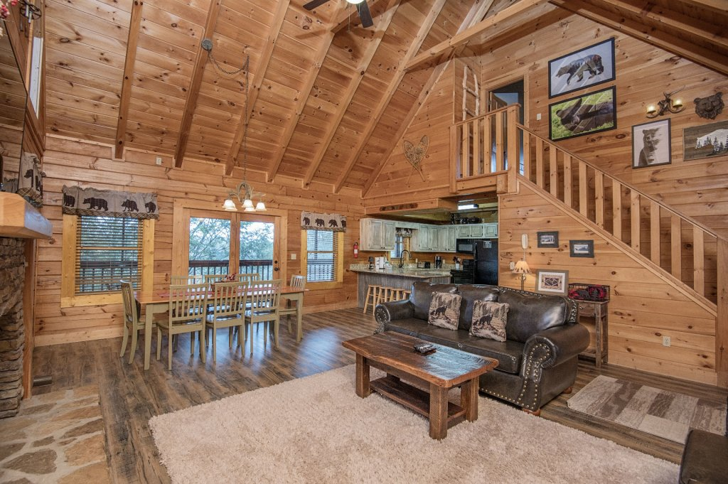 Photo of a Pigeon Forge Cabin named  Heavenly Hideaway - This is the seventh photo in the set.