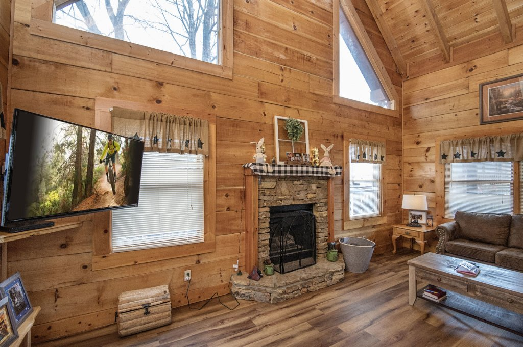 Photo of a Pigeon Forge Cabin named  Savage Loft (was Sweet Serenity) - This is the eighth photo in the set.