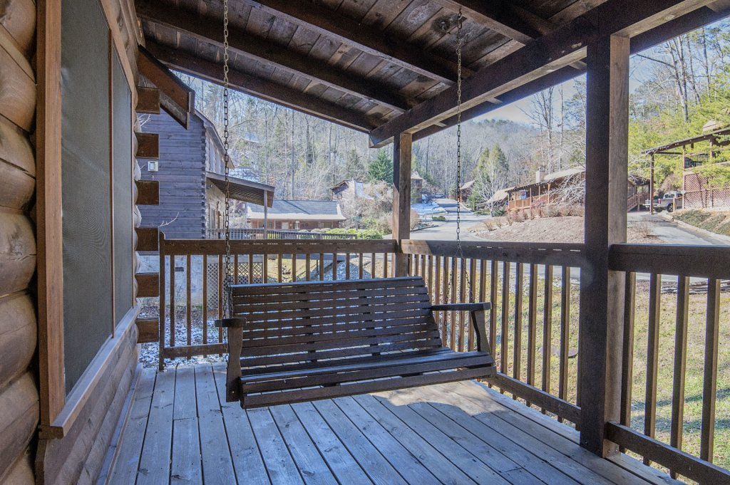 Photo of a Pigeon Forge Cabin named  Dream Catcher - This is the eighteenth photo in the set.
