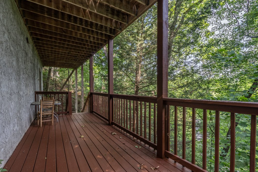 Photo of a Pigeon Forge Cabin named  Heavenly Hideaway - This is the twenty-sixth photo in the set.