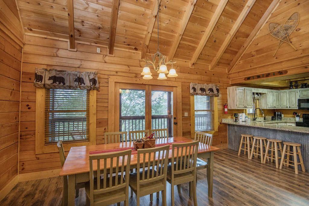 Photo of a Pigeon Forge Cabin named  Heavenly Hideaway - This is the tenth photo in the set.