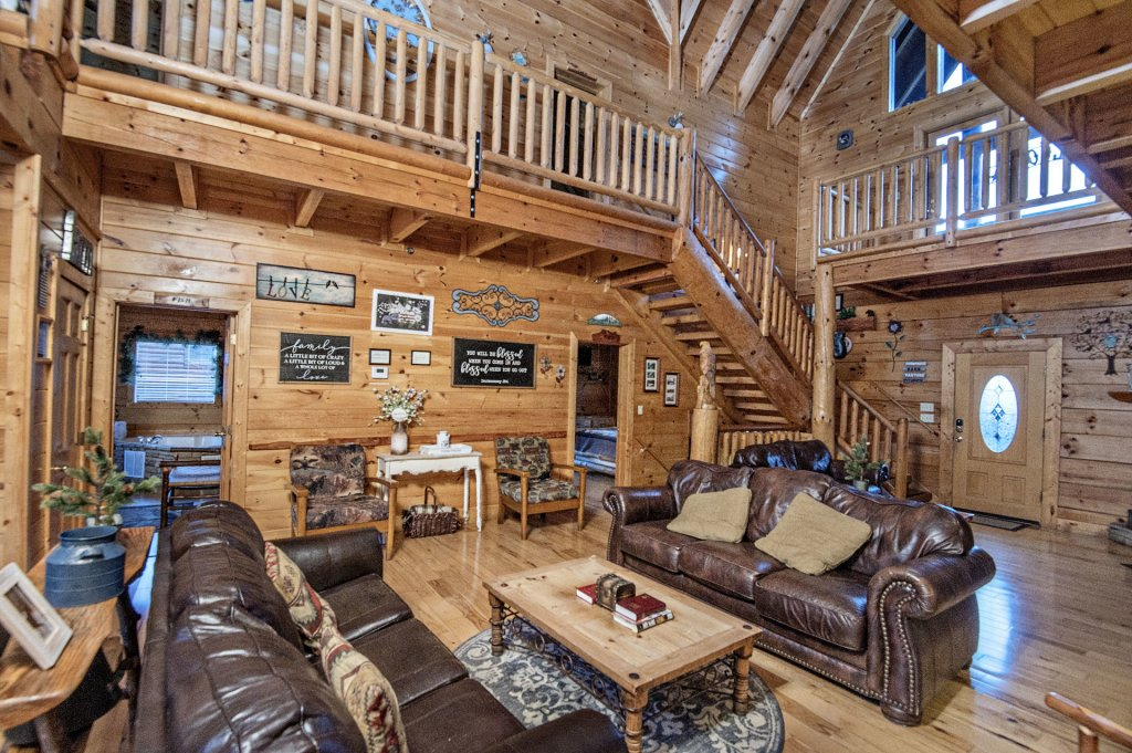 Photo of a Sevierville Cabin named  Wagon Wheel Lodge - This is the seventh photo in the set.