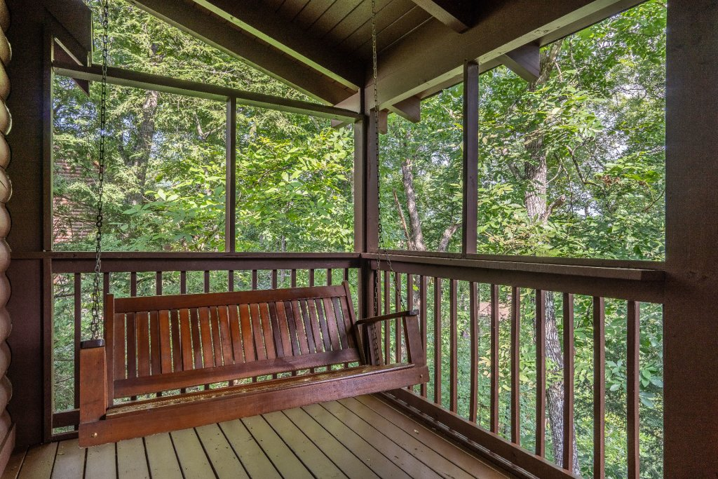 Photo of a Pigeon Forge Cabin named  Heavenly Hideaway - This is the twenty-third photo in the set.
