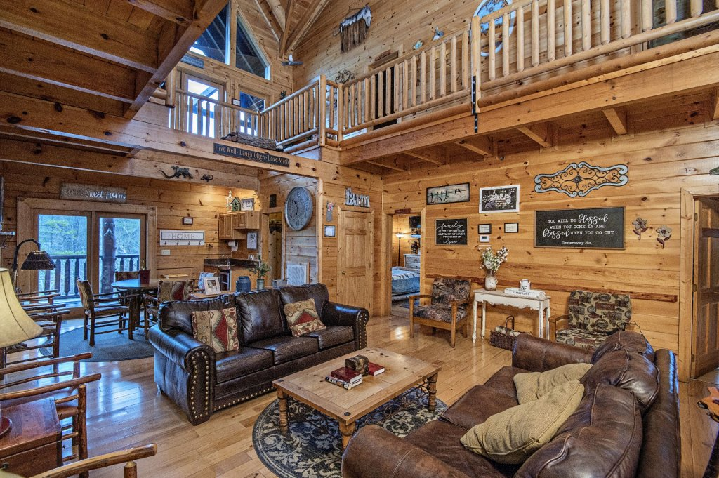 Photo of a Sevierville Cabin named  Wagon Wheel Lodge - This is the eighth photo in the set.