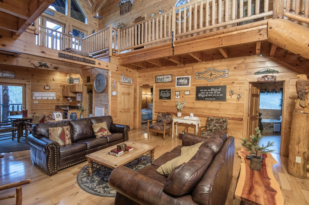 Photo of a Sevierville Cabin named  Wagon Wheel Lodge - This is the tenth photo in the set.