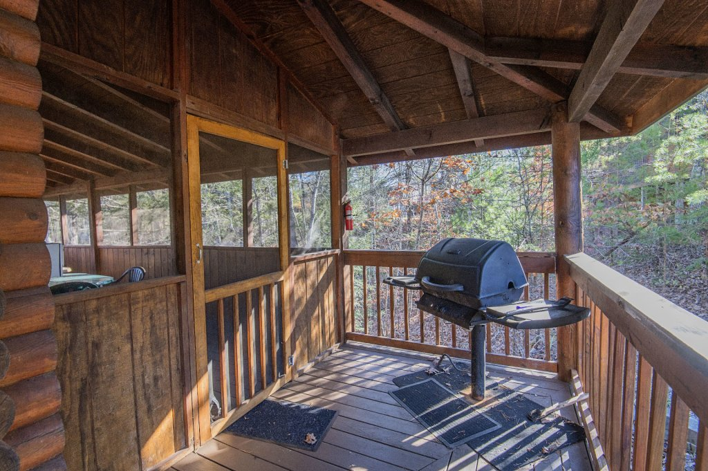 Photo of a Pigeon Forge Cabin named  Virginia's Villa - This is the thirtieth photo in the set.