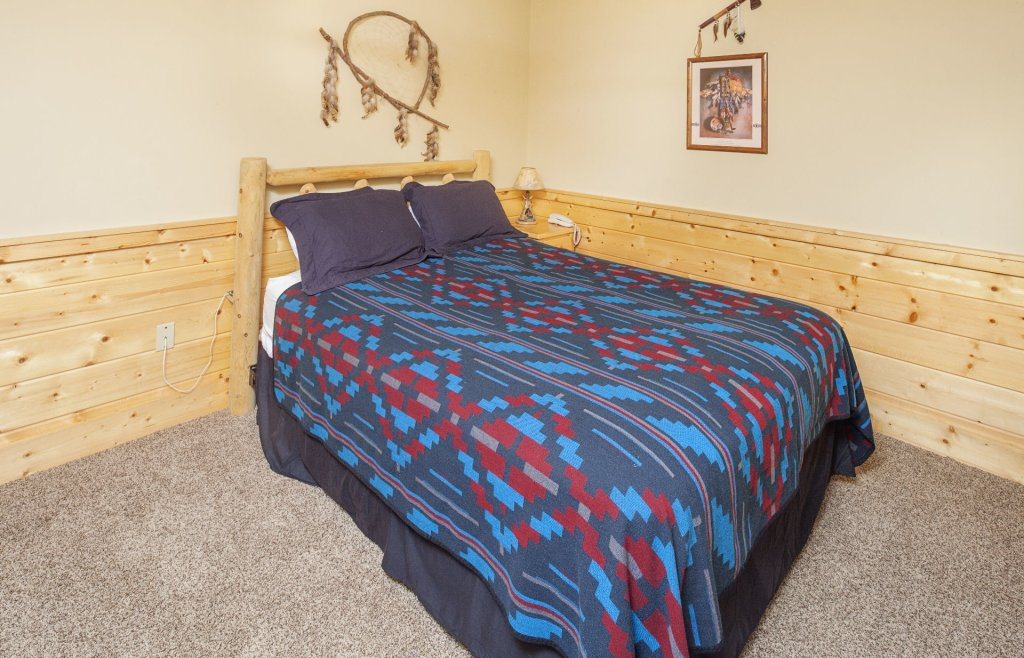 Photo of a Pigeon Forge Cabin named  Bear Right Inn - This is the eighteenth photo in the set.