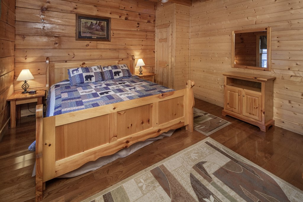 Photo of a Sevierville Cabin named  Sweet Escape - This is the sixteenth photo in the set.