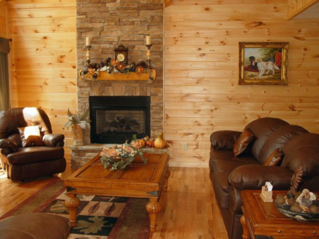Photo of a Sevierville Cabin named Whispering Oaks - This is the second photo in the set.