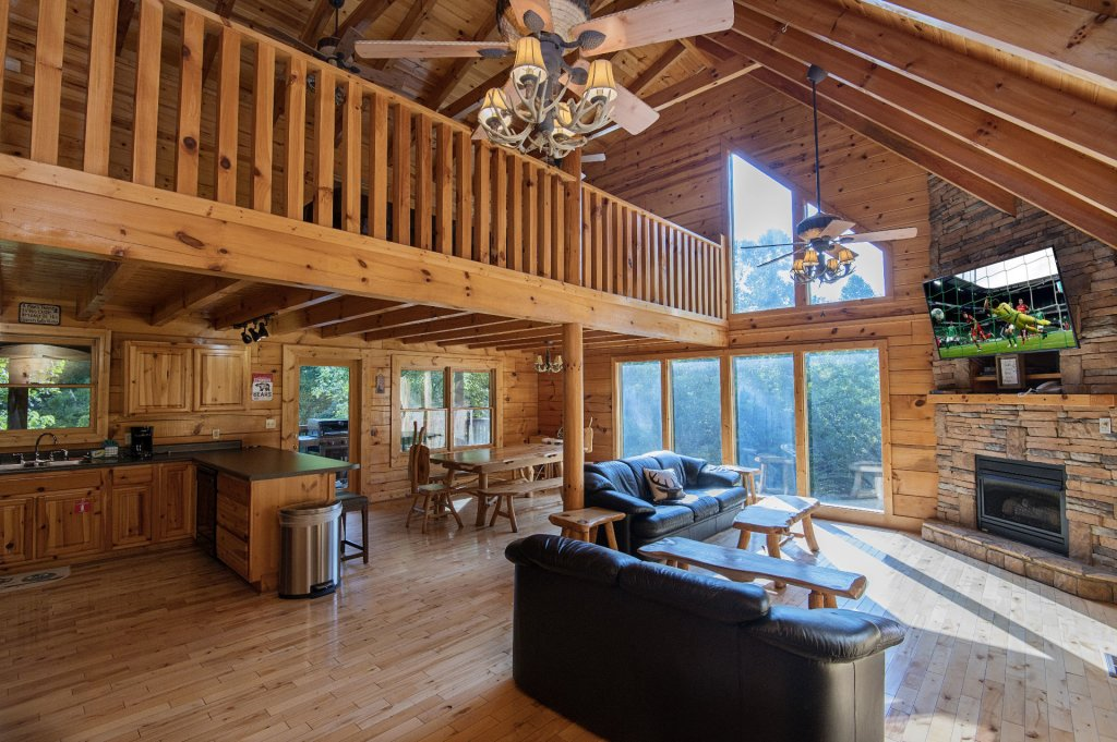 Photo of a Sevierville Cabin named The Wildlife Lodge Fka Wild Hog Inn - This is the second photo in the set.