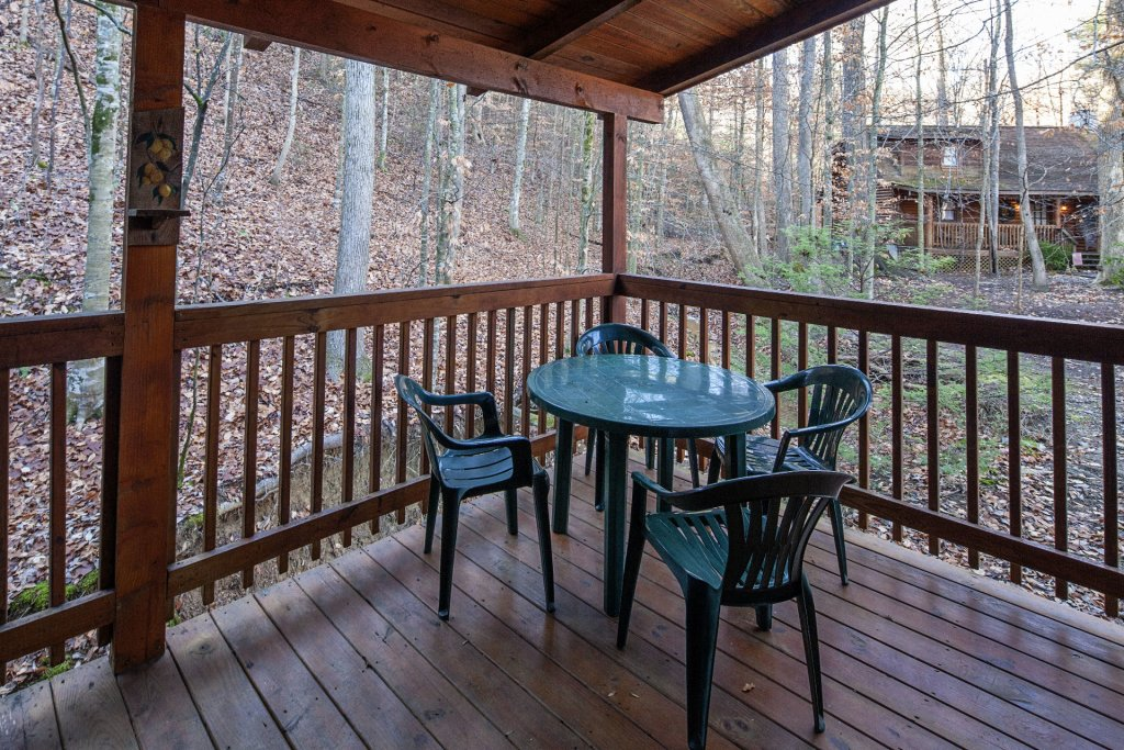 Photo of a Pigeon Forge Cabin named  Natures Grace Retreat - This is the twenty-eighth photo in the set.