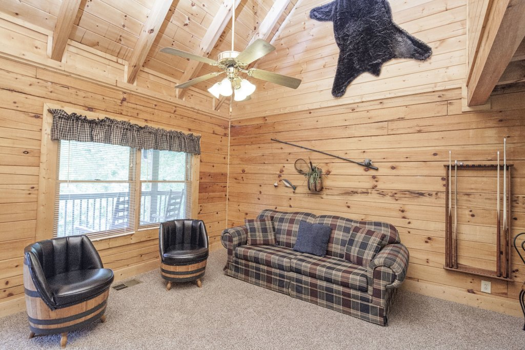 Photo of a Pigeon Forge Cabin named  Bear Right Inn - This is the tenth photo in the set.