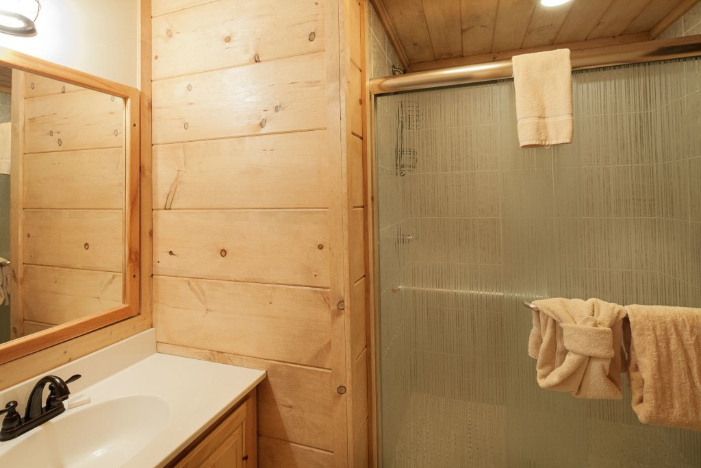 Photo of a Pigeon Forge Cabin named  Soaring Eagles - This is the seventh photo in the set.